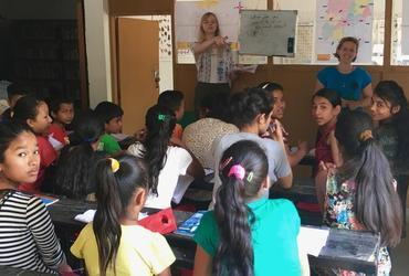 Volunteers in der Schule in Sri Lanka