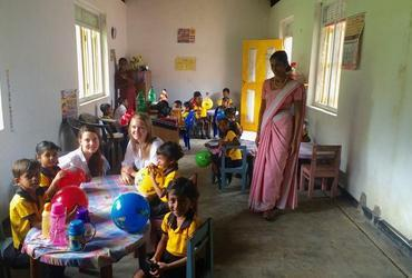 Als Volunteer im Kindergarten in  Sri Lanka